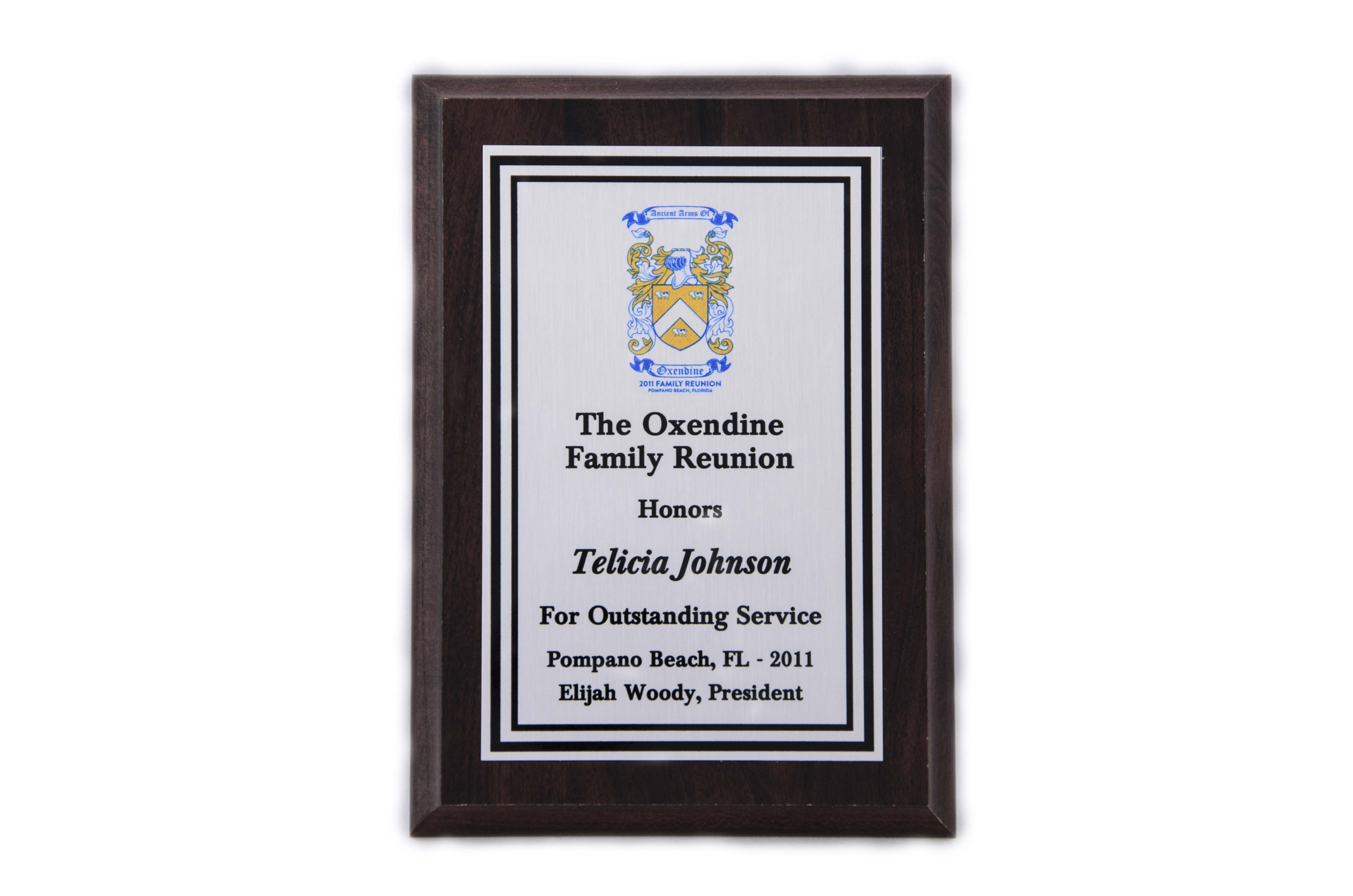 5'' x 7'' oak wood finished plaque - P57