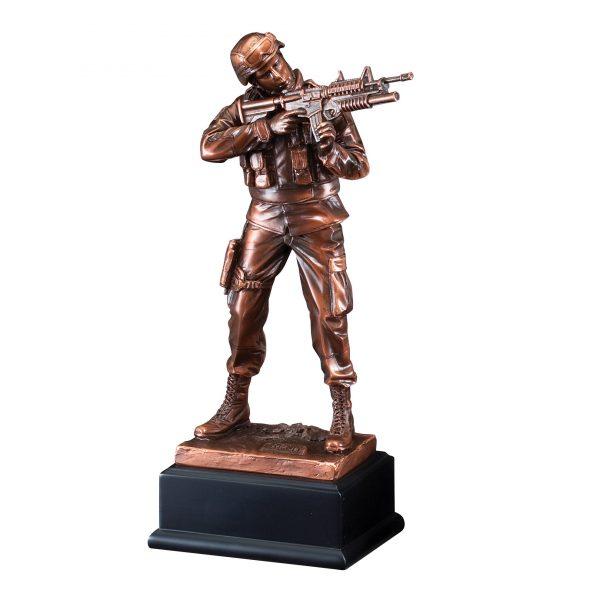 11.5 inch American army hero sculpture - RFB134