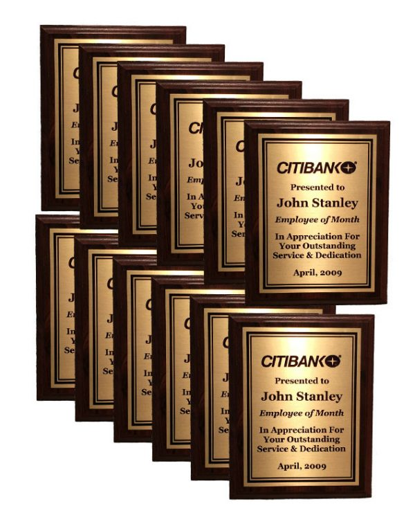 Add twelve 7'' x 9'' oak wood plaques to any perpetual plaque - 12/79